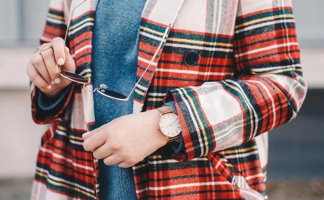 Les vêtements à carreaux, toujours à la mode!